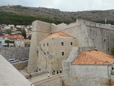 dubrovnik-wall-massive