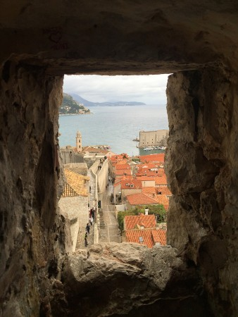 dubrovnik-wall-town-1