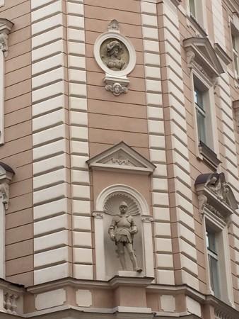 corner-sculpture-1